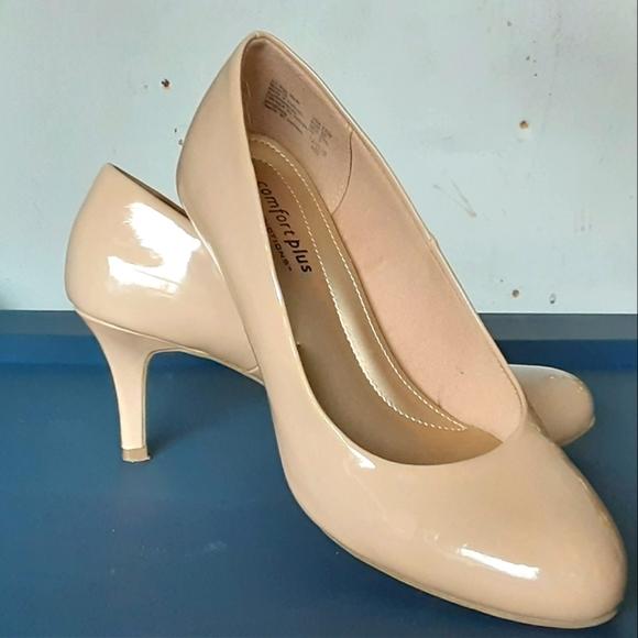 Nude Beige Patent Pumps Heels 6.5W
